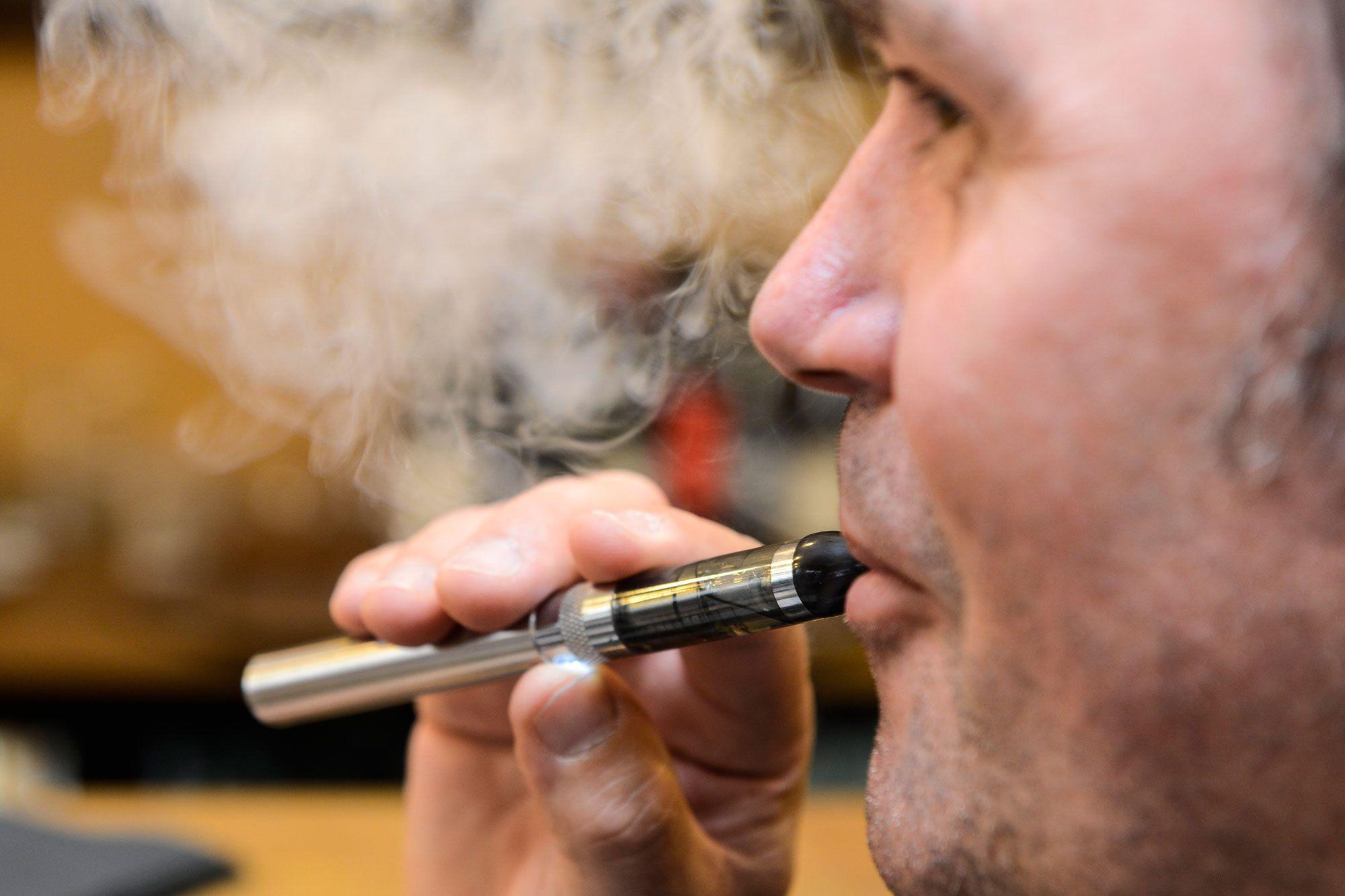 Cigarette électronique : Permet-elle réellement d'arrêter de fumer ?